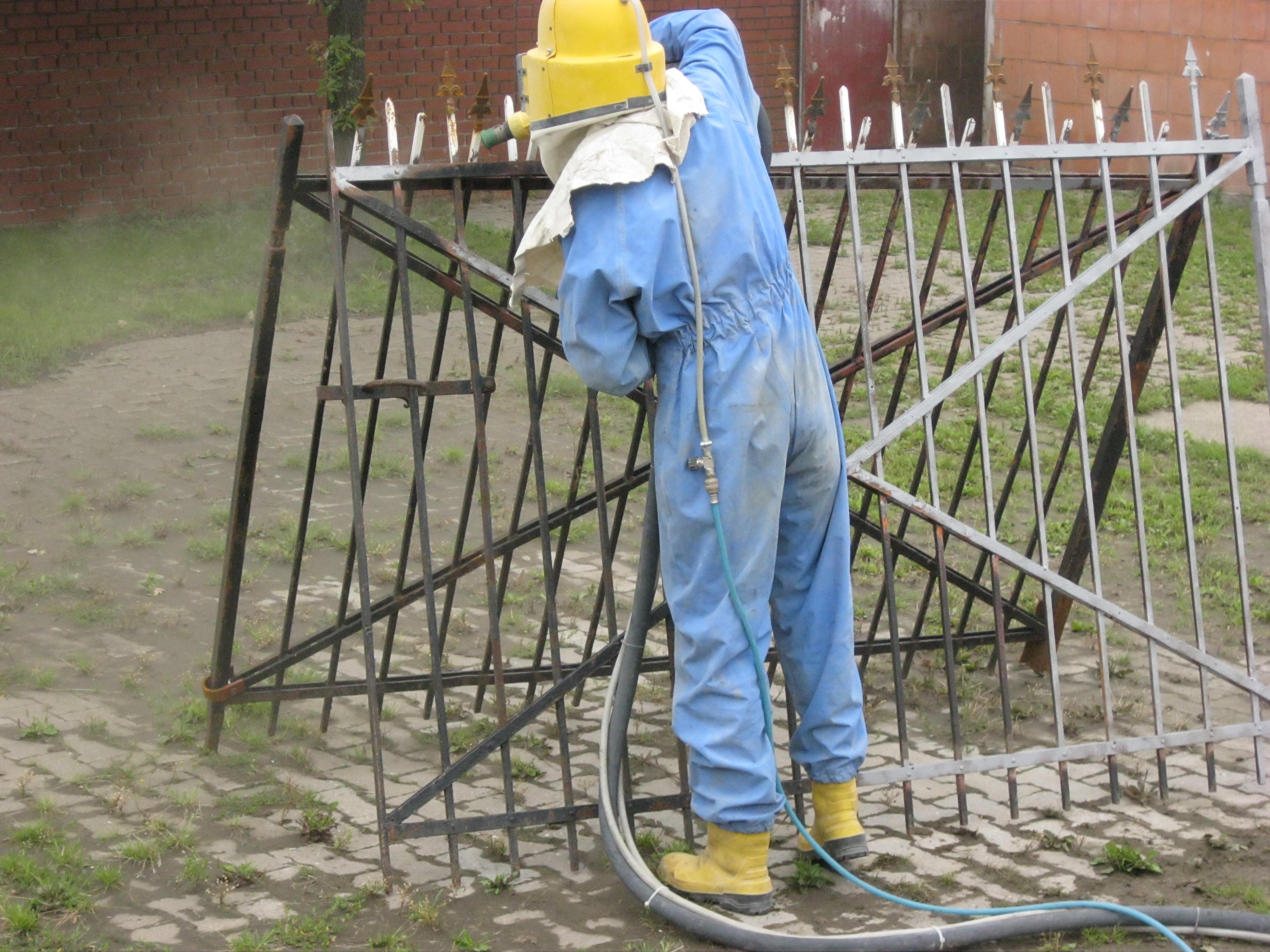 Geländertor während der Bearbeitung